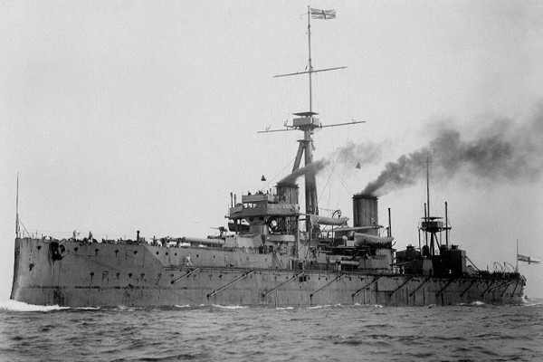 HMS Dreadnought, Britains first Dreadnought-class warship - picture By U.S. Navy (U.S. Naval Historical Center) [Public domain], via Wikimedia Commons