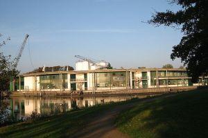 1024px-Vetra_betonwerk_aurich